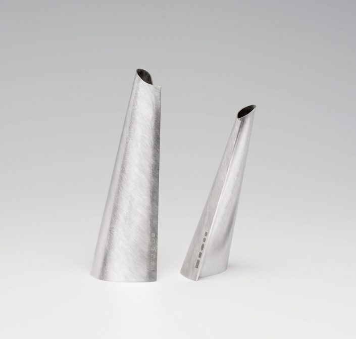 Veer vessels (Couple), sterling silver, 2017